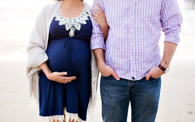 4 Ways to ENJOY Your Maternity Session