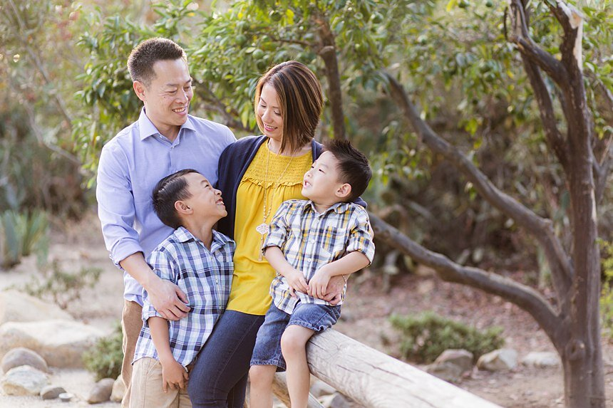Leo Carrillo Ranch Family Portraits | The Thi Family